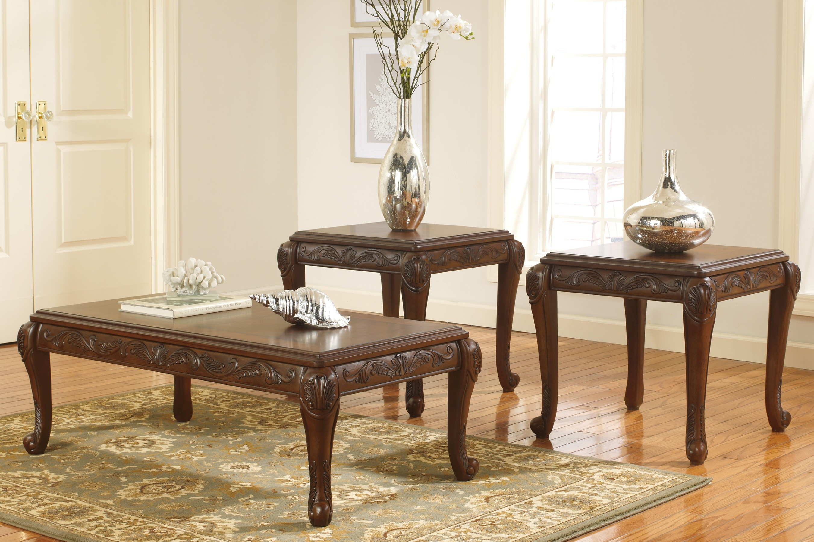 Classic Coffee Table Set