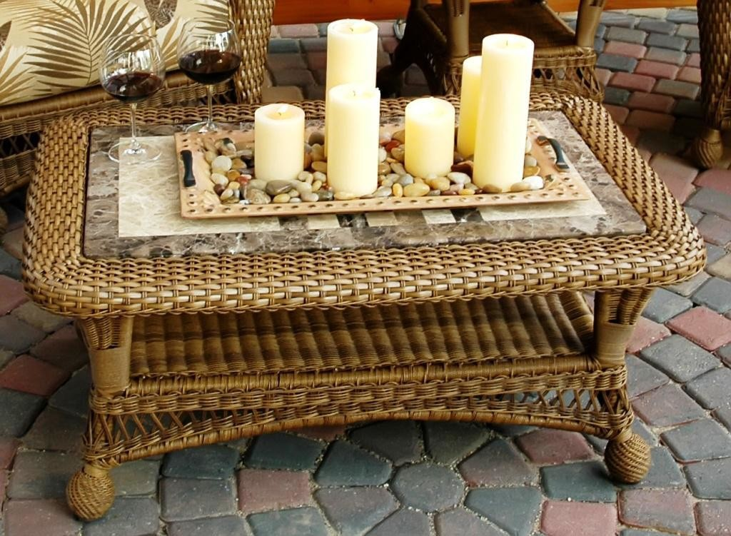 Wicker Coffee Table with Tray