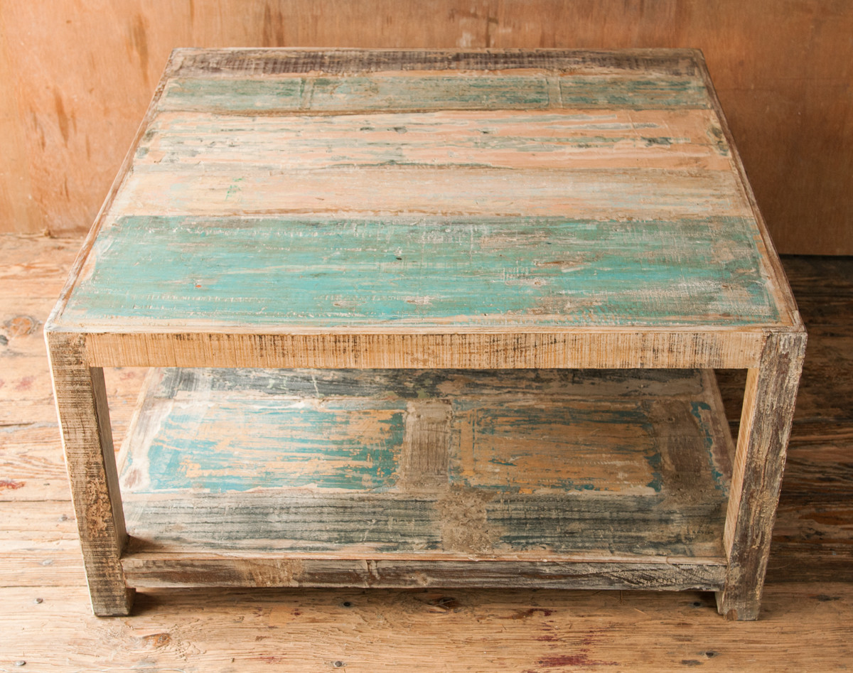 Rustic Distressed Coffee Table Image And Description