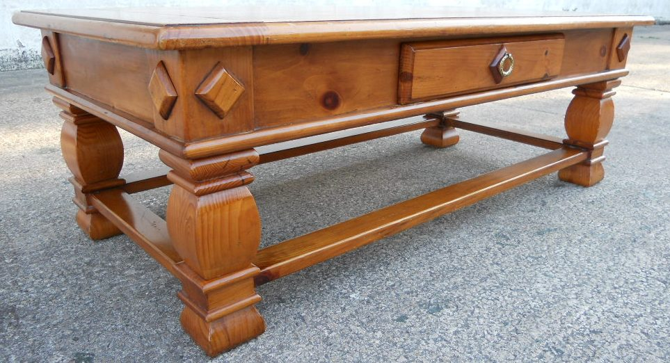 Pine Coffee Table with Single Storage Drawer