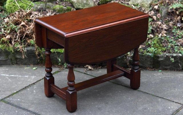 Small Oak Drop Leaf Coffee Table