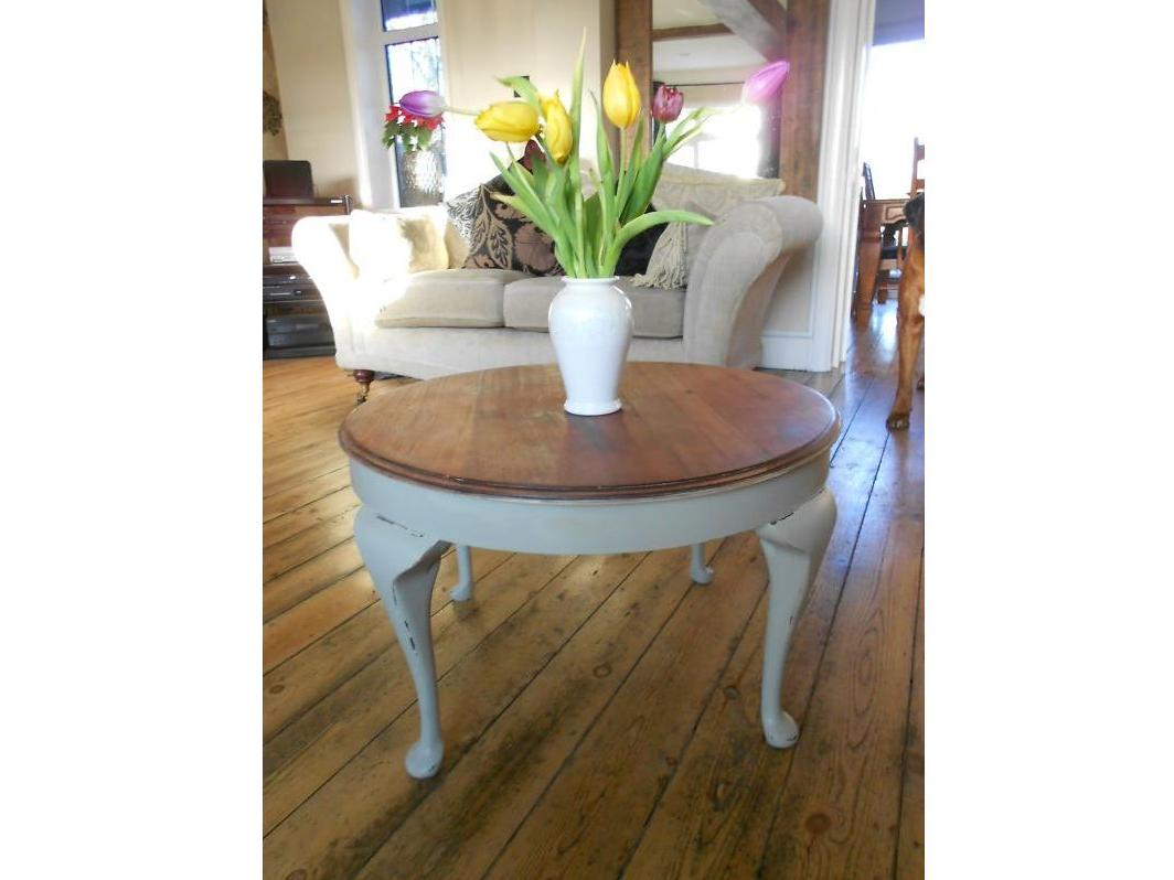 Round Shabby Chic Coffee Table