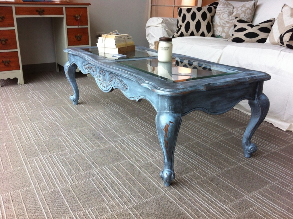 Shabby Chic Coffee Table With Glass Top