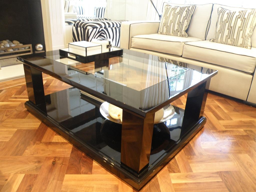 Glossy Luxury Coffee Table