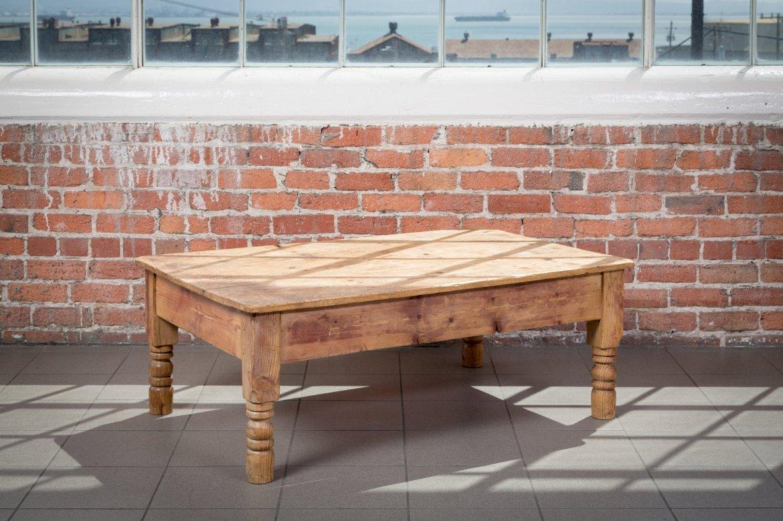 Outdoor Farmhouse Coffee Table