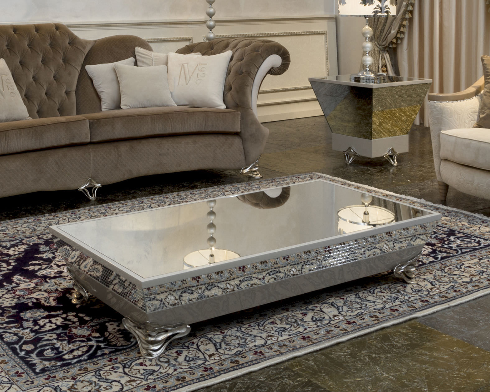 Luxury Mirrored Coffee Table Image And Description