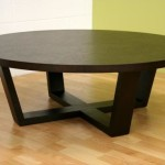 Round Oak Coffee Table with Interbreed Support Feet