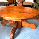 Round Oak Coffee Table with Massive Le