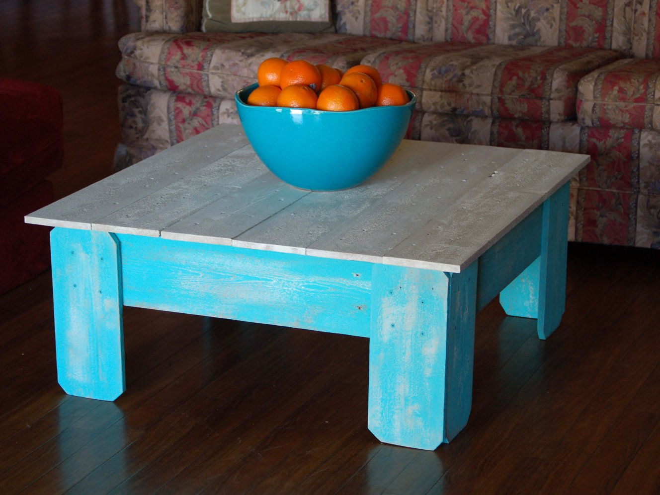 Preferred Distressed White And Blue Coffee Table | Coffee Tables OW27