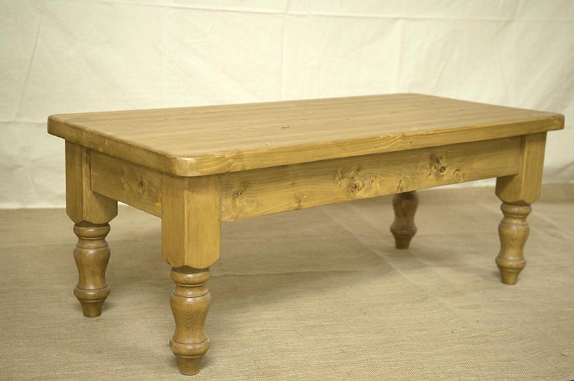 Pine Coffee Table With Carved Feet image and description & Pine Coffee Table With Carved Feet | Coffee Tables