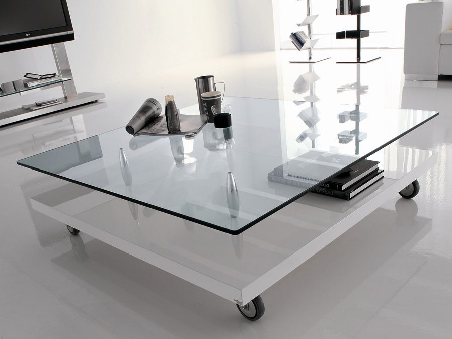 Contemporary Coffee Table On Wheels